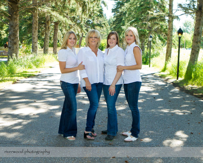 Graham Family Portrait Session (7)