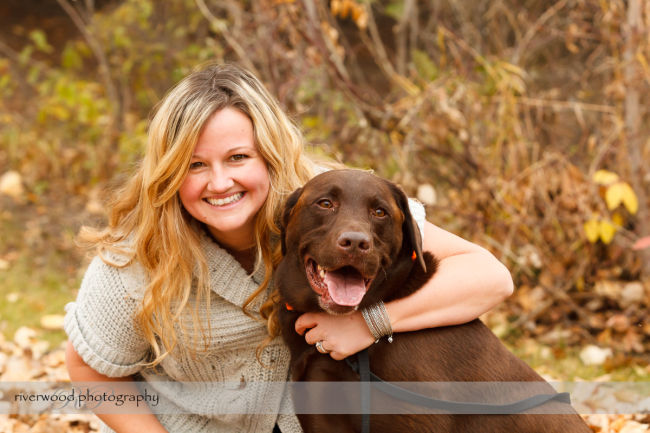 Extended Cowan Family Fall Portrait Session at Edworthy Park in Calgary (4)