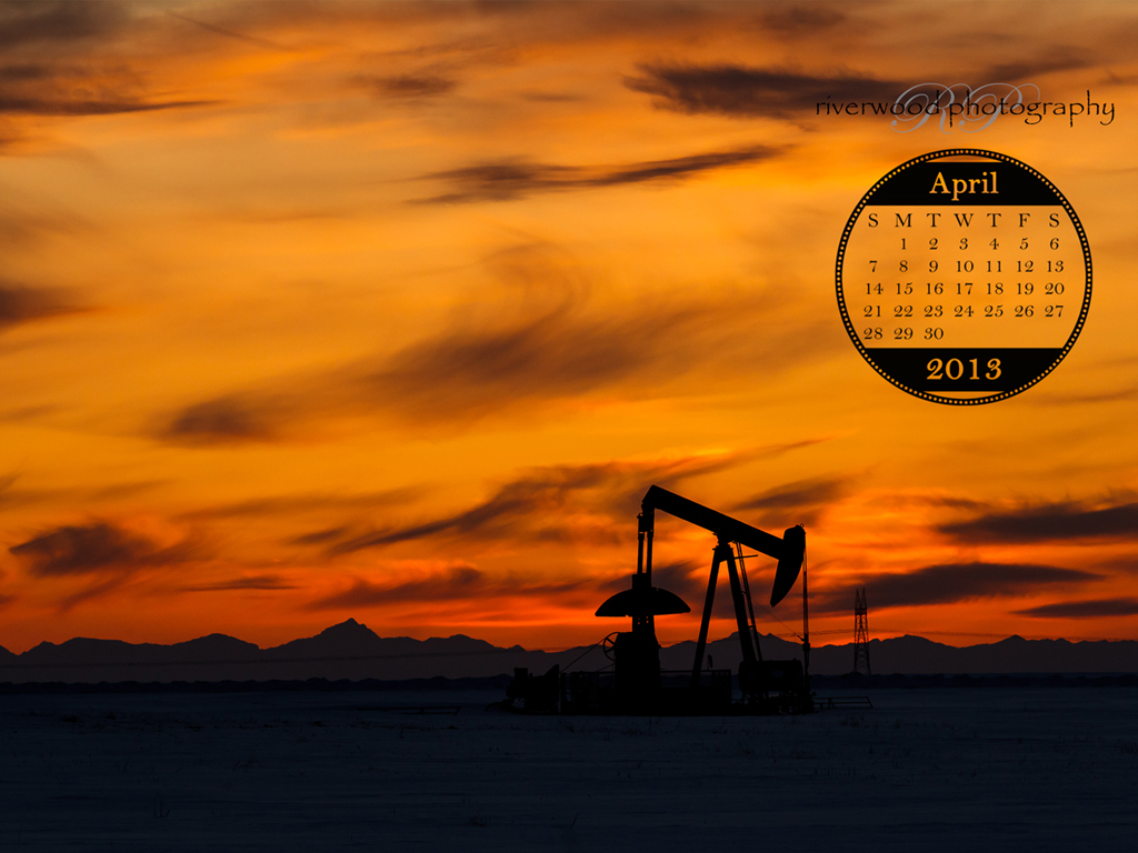 Free Desktop Wallpaper for April 2013